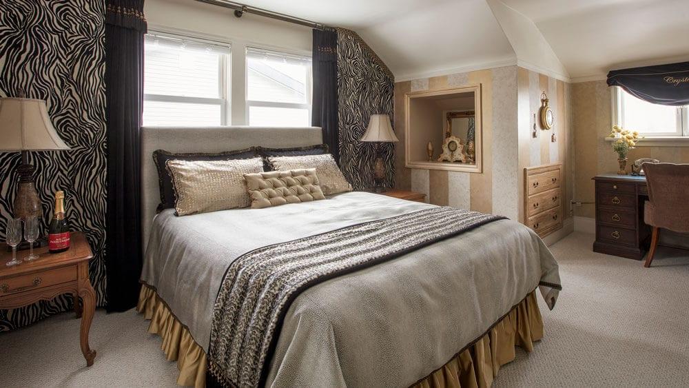 Ocean view suite - luxury Vancouver bed and breakfast